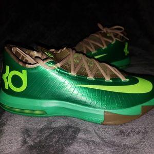 NIKE KD VI Sneakers - Brand New!!!